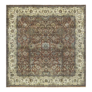 Traditional Hand Woven Rug - 9'3 X 9'3 For Sale