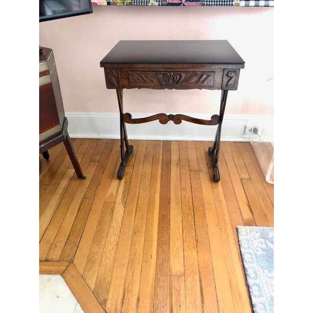 Wood Antique English Carved Oak End Table With Crown and Black Glass Top For Sale - Image 7 of 11