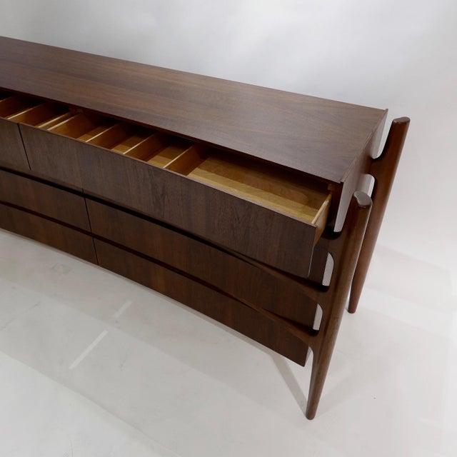 Mid-Century Modern Stilted Curved Scandinavian Mid-Century Modern William Hinn Chest or Dresser For Sale - Image 3 of 13