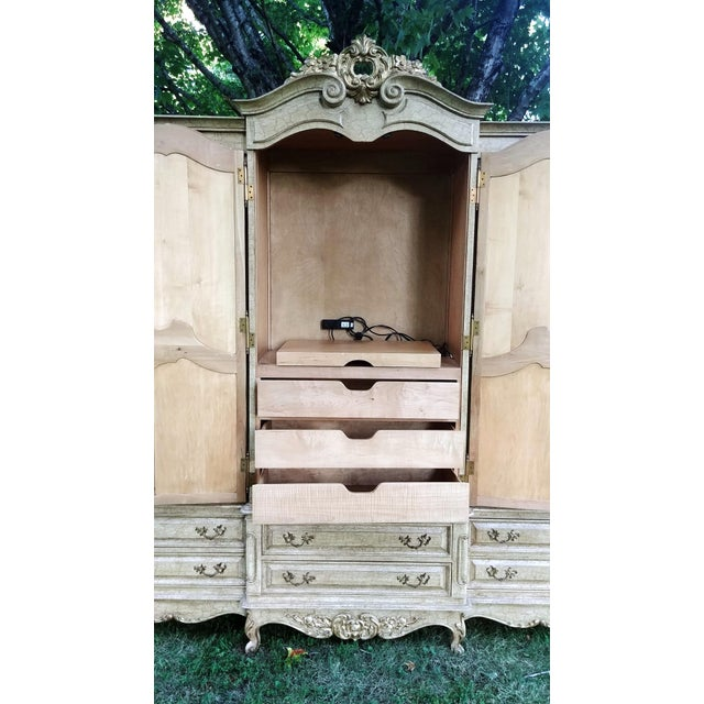 Metal 1990s French Bau Carved Aged White Crackle Painted Wardrobe For Sale - Image 7 of 13