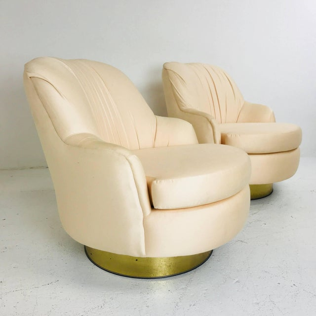 Milo Baughman Pair of Vintage Peach Milo Baughman Swivel Chairs With Brass Plinths For Sale - Image 4 of 8