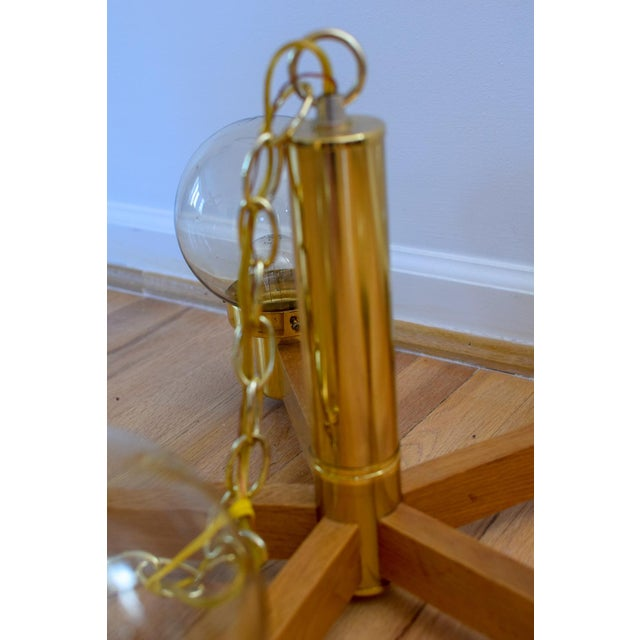 Mid Century 5 Arm Wood and Brass Chandelier With Globe Bulbs For Sale - Image 9 of 11