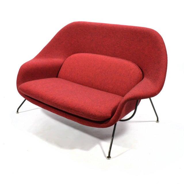 Red Eero Saarinen Womb Settee Upholstered in Alexander Girard Fabric For Sale - Image 8 of 11