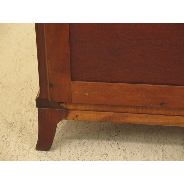 1960s Federal Biggs Inlaid Mahogany 4 Drawer Bow Front Chest For Sale - Image 11 of 13