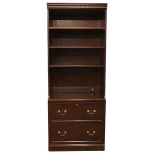 Late 20th Century Vintage Hekman Furniture Cherry Bookcase For Sale