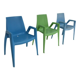 Heller Arco Blue & Green Bellini Arm Chairs - Set of 3 For Sale
