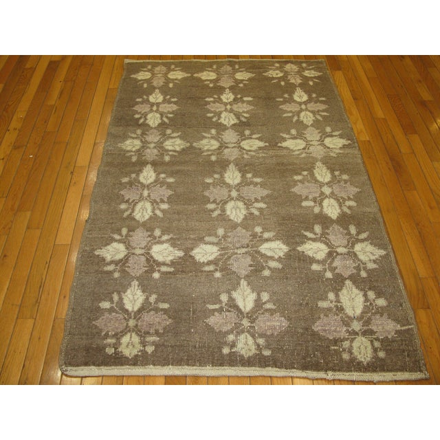 Small Vintage Handmade Rug - 3′5″ × 5′5″ - Image 2 of 5