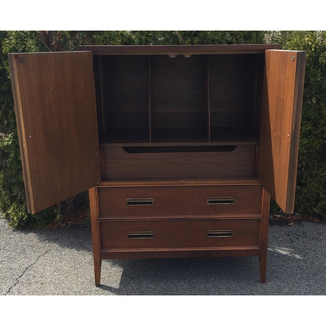 Handsome Drexel Paragon Chest For Sale In Columbus - Image 6 of 12