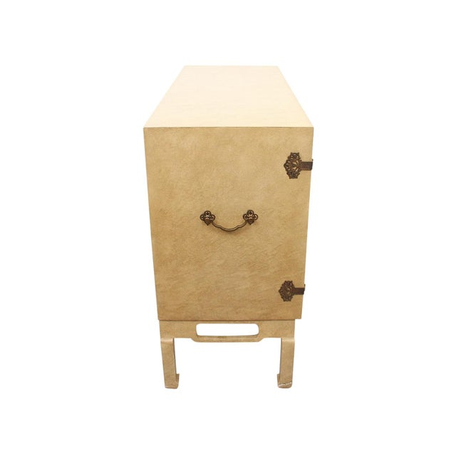 Beacon Hill 1960s Ming Style Cabinet by Beacon Hill For Sale - Image 4 of 10