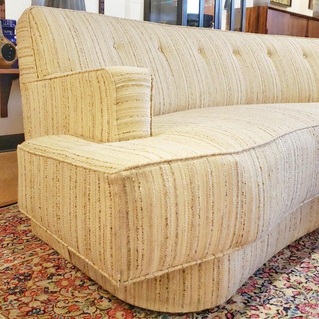 Art Deco Mid-Century Modern Harvey Probber Custom Curved Sofa For Sale - Image 3 of 9