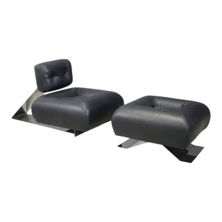 Oscar Niemeyer MidCentury Armchairs and Ottoman Model Aran For Sale
