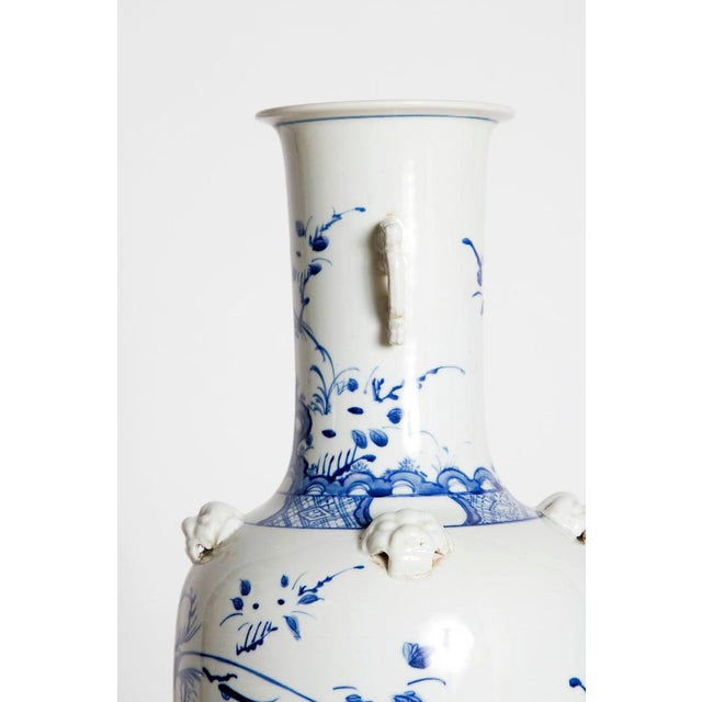 Blue 19th Century Chinese Blue and White Qing Period Vase With Foo Dog Heads For Sale - Image 8 of 13