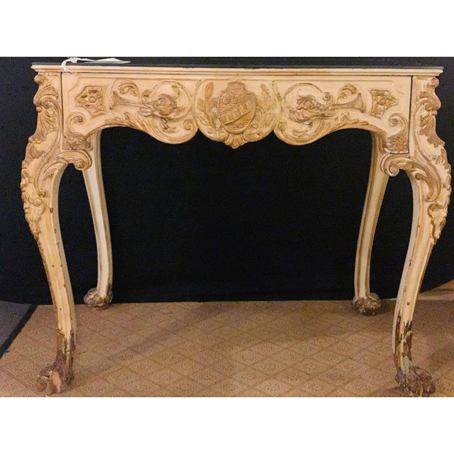 Hollywood Regency Finely Carved White and Parcel-Gilt Decorated Vanity / Desk by Jansen For Sale - Image 3 of 13