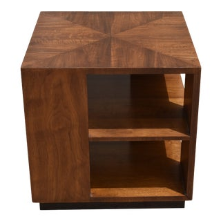 Henredon Walnut Cube Side Table For Sale