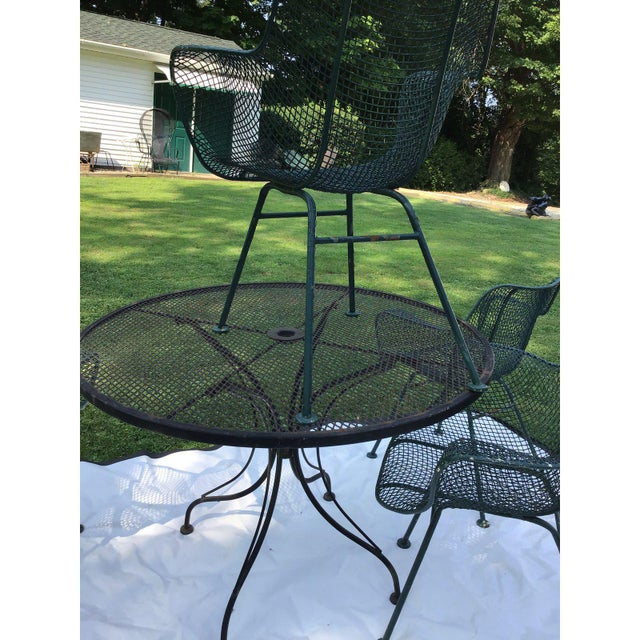 Mid 20th Century Sculptura Wrought Iron Patio Set - 5 Pieces For Sale - Image 5 of 7