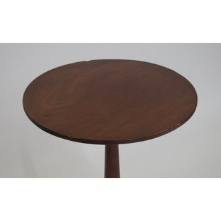 Round Accent Table Preview