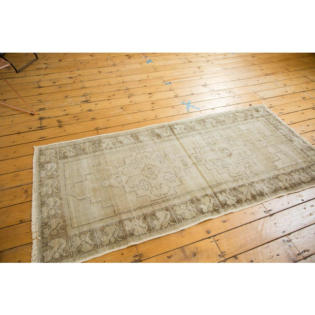 "Vintage Distressed Oushak Rug Runner - 3'1"" x 6'8"" - Image 4 of 9"