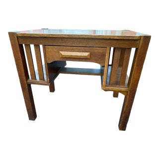 1930s Arts and Crafts Mission Style Oak Desk For Sale