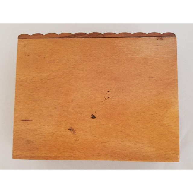 Late 19th Century Late 19th Century English Olive Wood Sewing Spool Box For Sale - Image 5 of 10