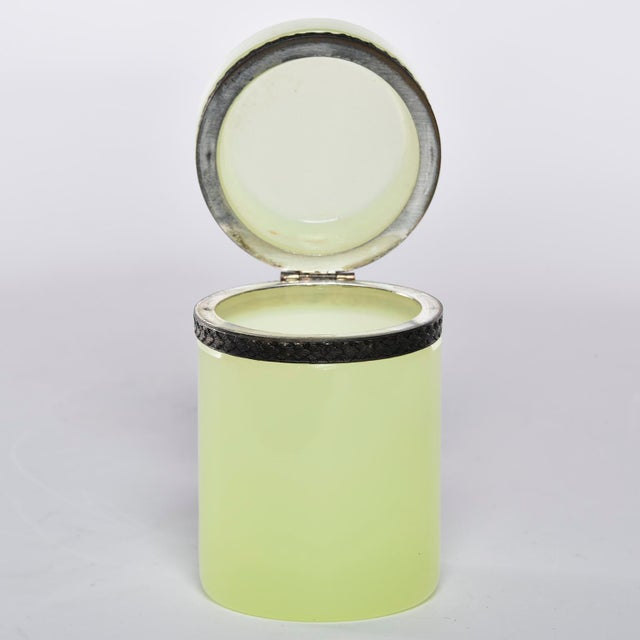 Art Deco French Opaline Uranium Glass Cylindrical Hinged Box For Sale - Image 3 of 8