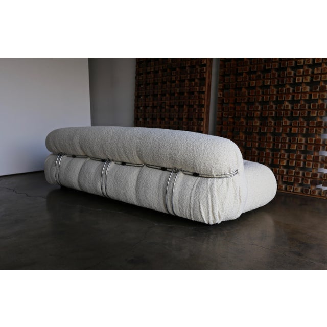 Late 20th Century Afra & Tobia Scarpa Soriana Sofa for Cassina in Bouclé, Circa 1975 For Sale - Image 5 of 13