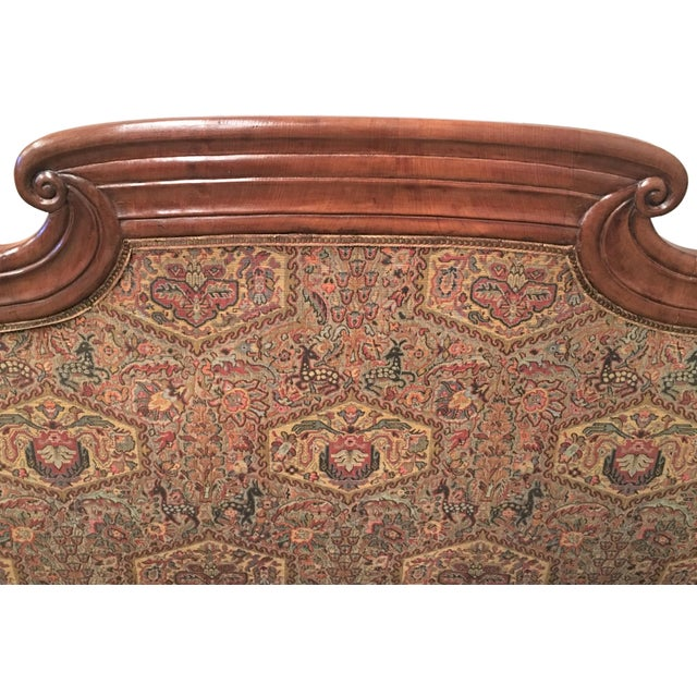 French Carved Walnut Bench, Sofa, Daybed Upholstered in Original Damask For Sale In Miami - Image 6 of 10