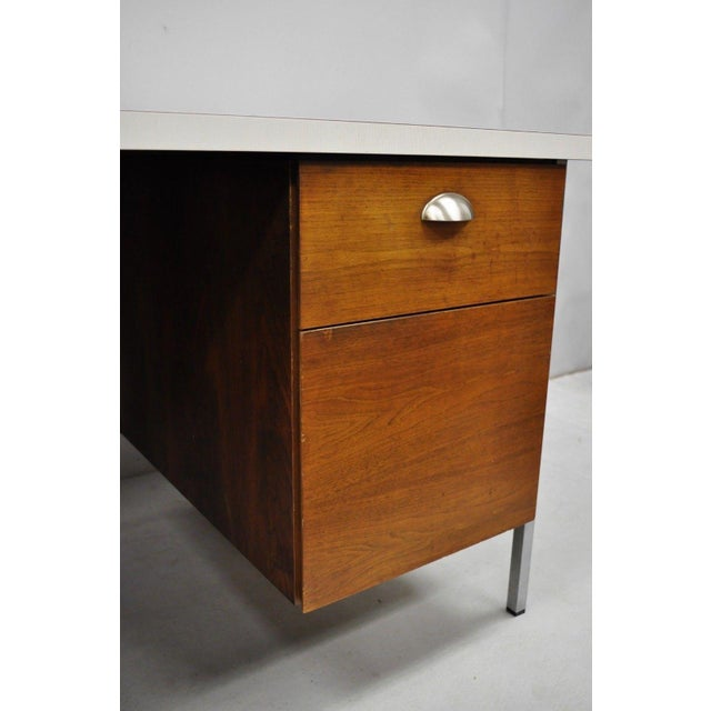 White Mid Century Modern Florence Knoll Walnut Executive Desk For Sale - Image 8 of 11
