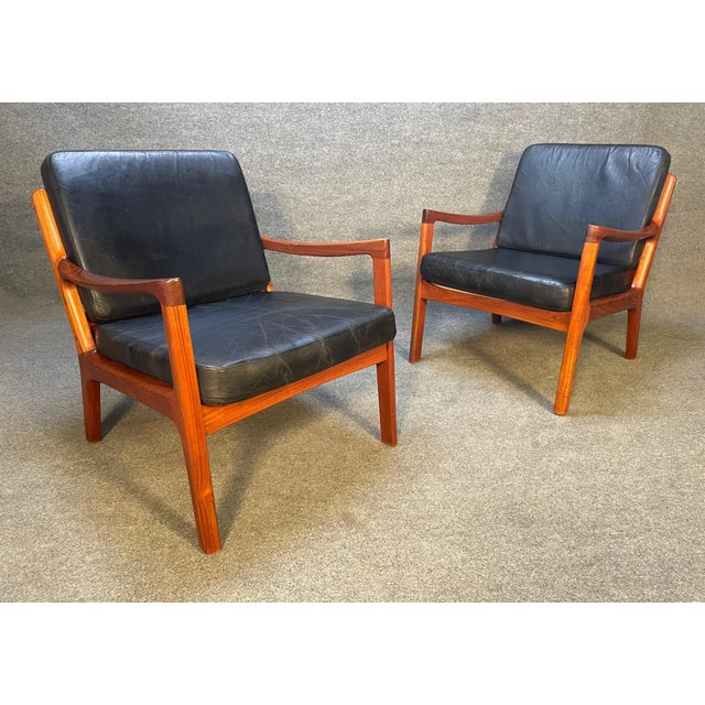 """Wood Pair of Vintage Danish Mid Century Modern Teak and Leather """"Senator"""" Lounge Chairs by Ole Wanscher For Sale - Image 7 of 12"""