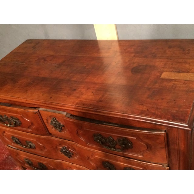 Mid 18th Century Louis XV Period Commode with Serpentine Front For Sale - Image 5 of 13