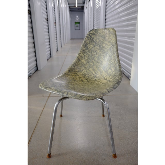 Molded Eames Style Fiberglass Side chair - Image 2 of 3