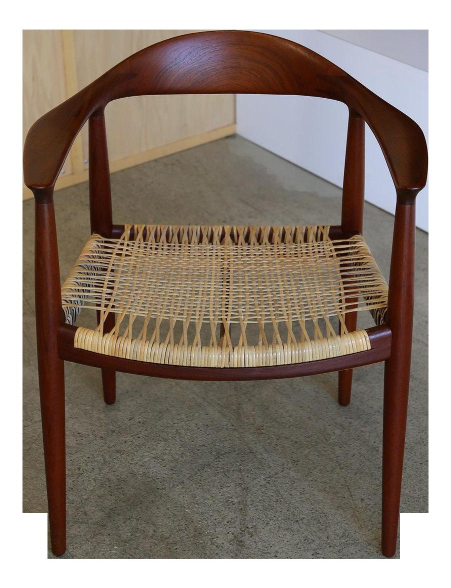 Hans Wegner Round Chair #38 - Mid-Century Modern Johannes Hansen For Hans Wegner Round Teak Side Chair