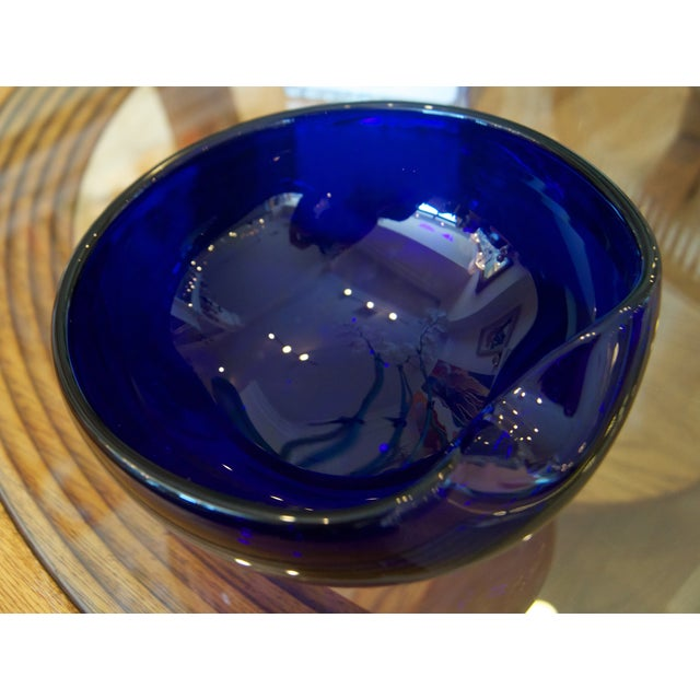Peretti's Thumbprint design is one of her most famous creations. The crystal bowl is cobalt blue and handblown of Venetian...