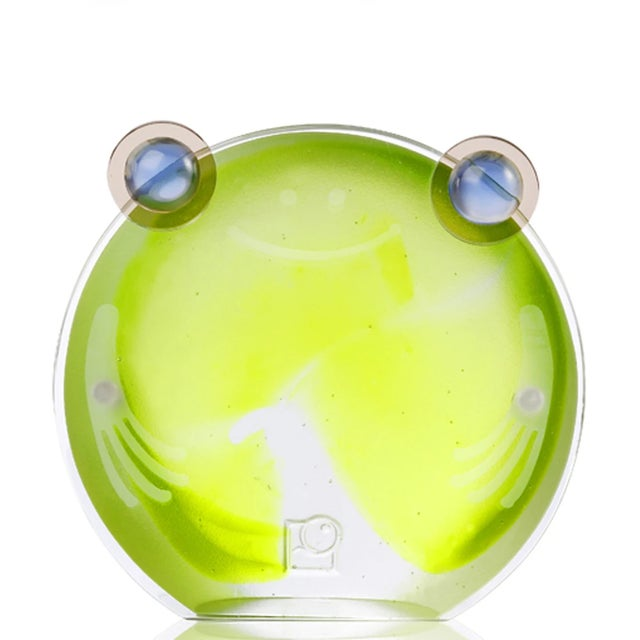 Contemporary Liuli Crystal Chubby Frog Magnetic Photo Holder, Clear Green For Sale - Image 3 of 3