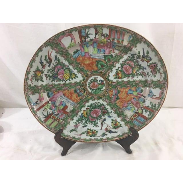 Large 19th Century Rose Medallion Platter For Sale - Image 10 of 10