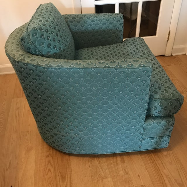 Mid-Century Modern Teal Barrel Back Club Chair For Sale - Image 3 of 6