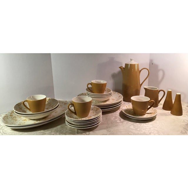 Mid-Century Modern Sheffield Golden Meadow Ironstone Set - 30 Pieces For Sale - Image 3 of 11