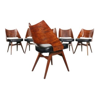 Galloway's Furniture Dining Chairs w/ Bentwood Backs, A Set of 6 For Sale
