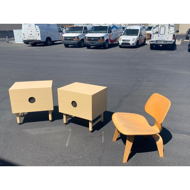Lawson Fenning Niguel Brass and Lacquered Nightstands - a Pair For Sale - Image 12 of 12