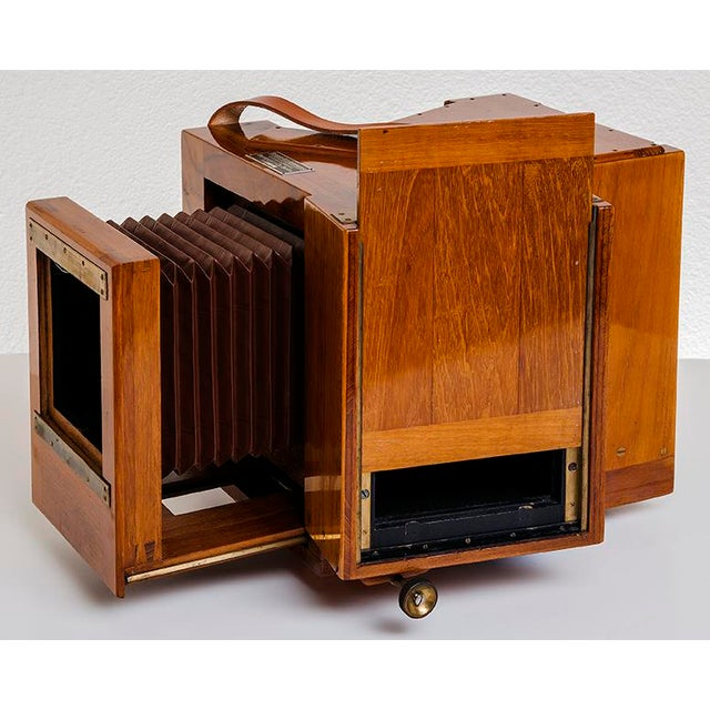 Contemporary Vintage Bermpohl Naturfarbenkamera Collectible Camera For Sale - Image 3 of 5