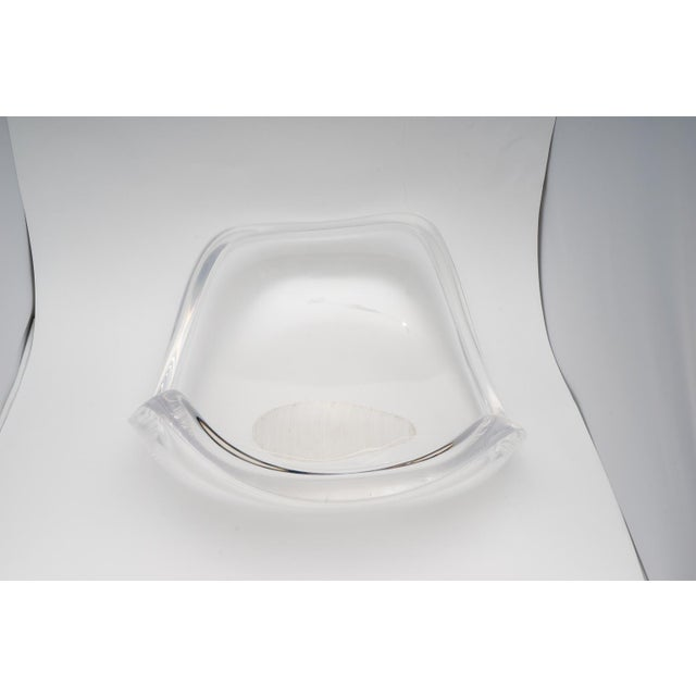 Ritts Co. 1970s Large Scale Lucite Bowl by Ritts of La For Sale - Image 4 of 8