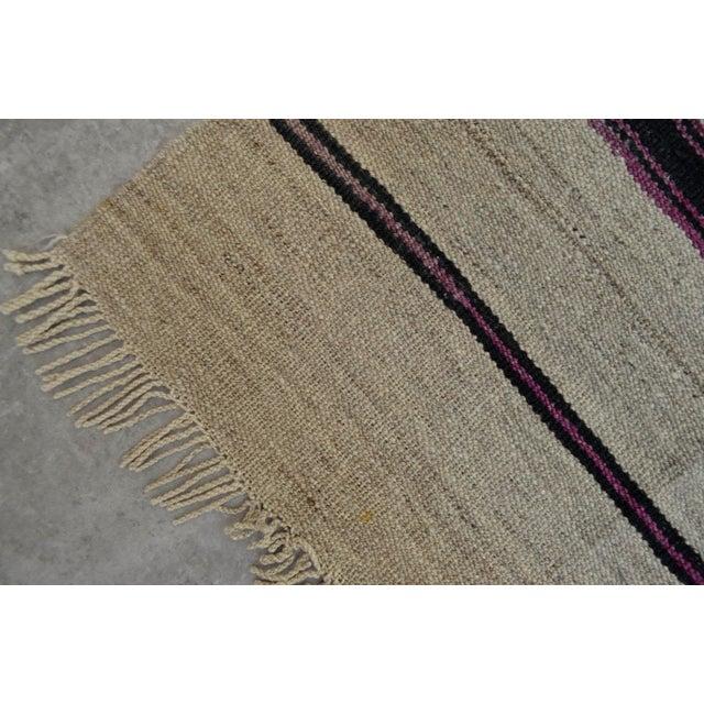 Vintage Natural Turkish Wool Stripe Kilim Rug - 4′6″ × 7′8″ - Image 9 of 9