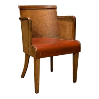 Flemish Armchair With Barrel Back and Leather Sat For Sale