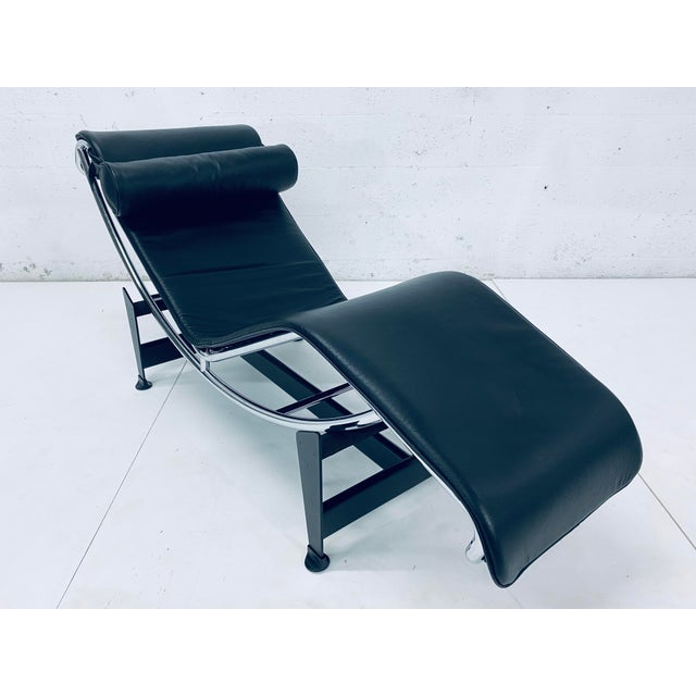 Cassina Lc4 Le Corbusier Chaise Lounge for Cassina For Sale - Image 4 of 12