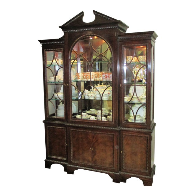 1990s Hickory White Breakfront Four-Door Inlaid Mahogany China Cabinet For Sale