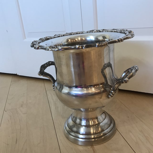 Vintage Silver Oneida Champagne Bucket For Sale - Image 4 of 7