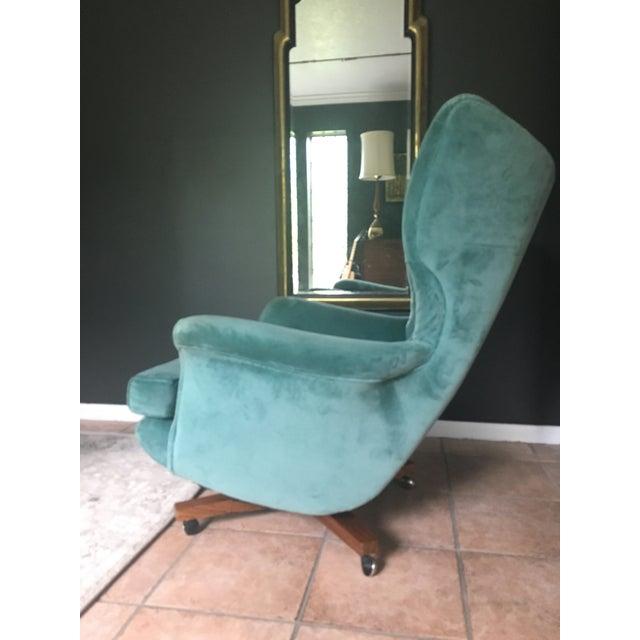 Mid-Century G-Plan Blofeld 6250 Lounge Chair - Image 3 of 8
