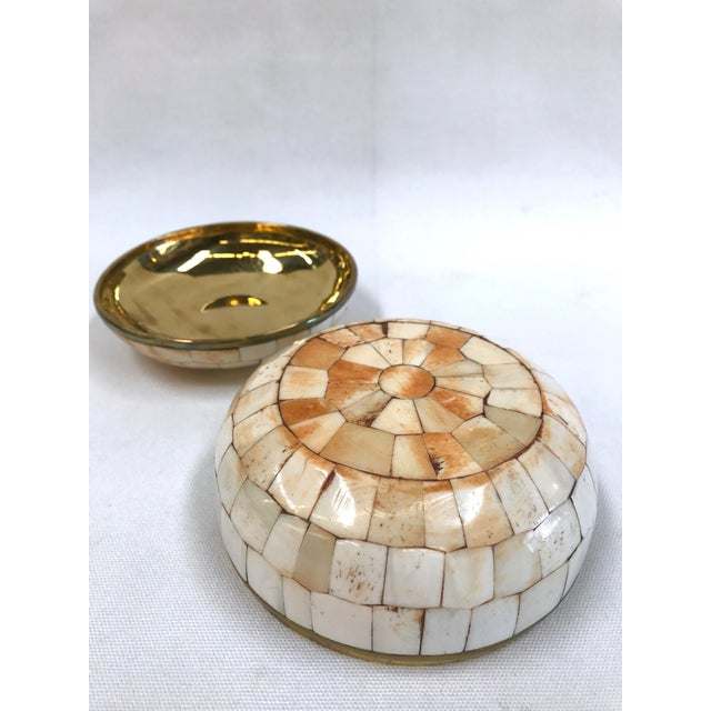 Vintage Trinket Box Tessellated Bone Over Brass - Image 6 of 6