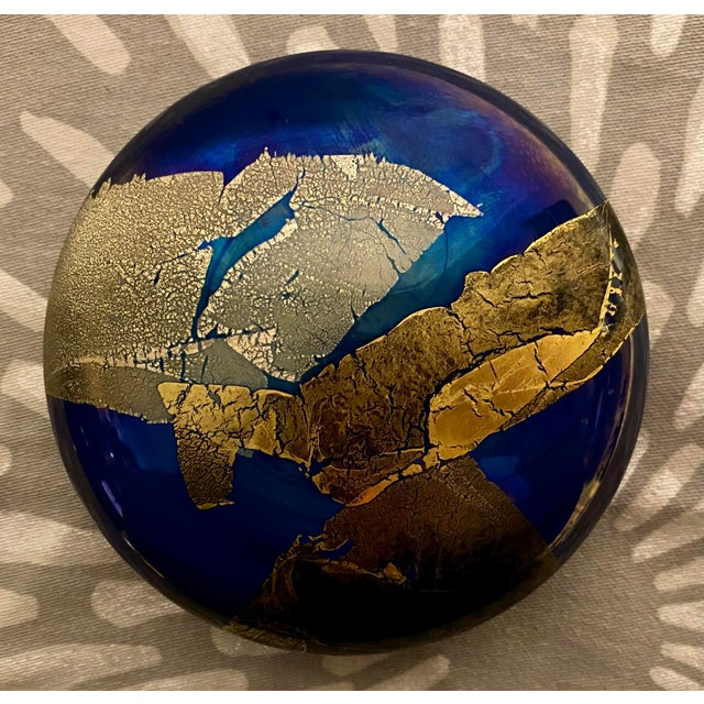 1980s Vintage Abstract Iridescent Art Studio Glass Paper Weight, Signed For Sale In Saint Louis - Image 6 of 6
