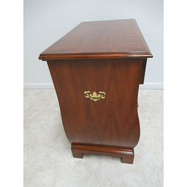 French Country Weiman Serpentine Bachelors Chest For Sale - Image 11 of 13
