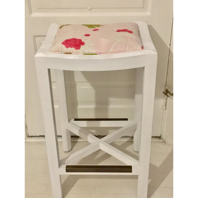 Lee Industries Lee Industries White Maple & Pink Floral Fabric Bar Stool For Sale - Image 4 of 6